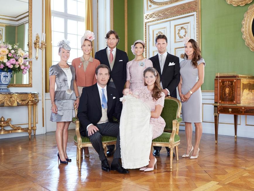 Ruotsin prinsessa Leonoren ristiäiset, kastejuhla - prinsessa Leonore, prinsessa Madeleine ja Chris O'Neill, sekä Leonoren kummit, mm. Kruununprinsessa Victoria ja Louise Gottlieb