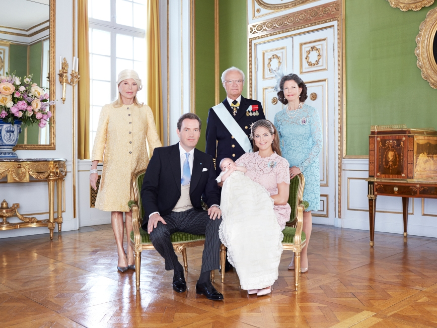 Ruotsin prinsessa Leonoren ristiäiset, kastejuhla - prinsessa Leonore, prinsessa Madeleine ja Chris O'Neill, sekä Eva O'Neill, kuningas Kaarle Kustaa ja kuningatar Silvia