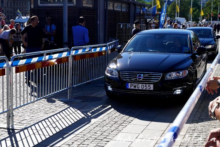 Prinssi Carl Philipin ja Sofia Hellqvistin häät, paikalla Tukholmassa, Kuninkaalliset, Hovikirjeenvaihtaja, perjantaina risteily ja illallinen