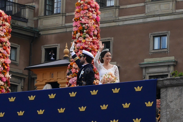 Prinssi Carl Philipin ja Sofian häät, paikalla Tukholmassa, Hovikirjeenvaihtaja, Kuninkaalliset