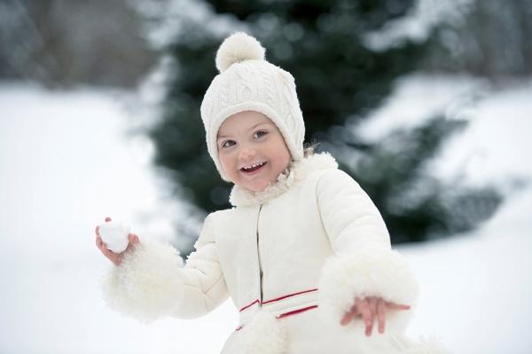 Prinsessa Estelle synttärit, 3 vuotta, hovikirjeenvaihtaja, kuninkaalliset
