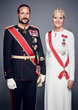 Norjan kruununprinssi Haakon ja kruununprinsessa Mette-Marit, kuninkaalliset, Hovikrirjeenvaihtaja