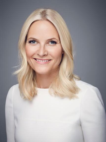 Norjan kruununprinsessa Mette-Marit, kuninkaalliset, Hovikrirjeenvaihtaja