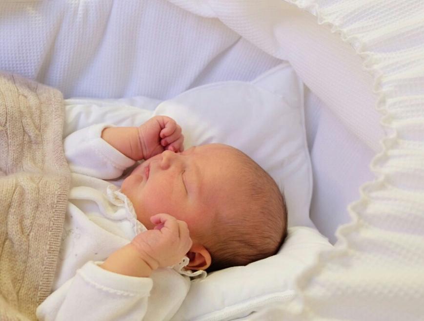 Ruotsin prinssi Alexander, prinssi Carl Philipin ja prinsessa Sofian vauva, ensimmäinen kuva, kuninkaalliset , Hovikirjeenvaihtaja