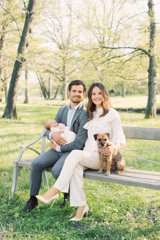Ruotsin prinssi Carl Philip, prinsessa Sofia ja prinssi Alexander, prinsessa Sofian vauva, kuvia vauvasta, kuninkaalliset, Hovikirjeenvaihtaja