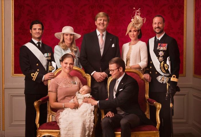Prinsessa Estellen kummit, prinssi Oscarin ristiäiset, kastejuhla, kuninkaalliset, Hovikirjeenvaihtaja