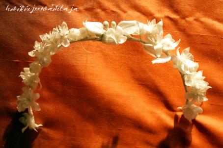 Ruotsin prinsessa Madeleinen hääpuku, kuninkaalliset hääpuvut, kuninkaallinen hääpukunäyttely, Kungliga brudklänningar, Tukholma, Princess Madeleine's wedding gown, wedding dress exhibition Stockholm, tiara