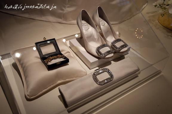 Ruotsin kruununprinsessa Victorian hääpuku, kuninkaalliset hääpuvut, kuninkaallinen hääpukunäyttely, Kungliga brudklänningar, Tukholma, asusteet, kengät, korkokengät