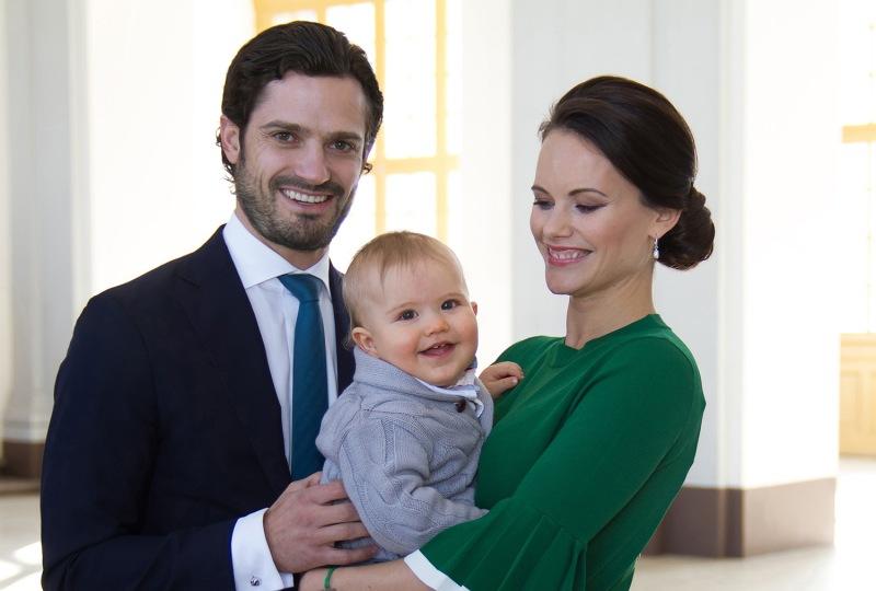 Prinsessa Sofia raskaana, prinssi Carl Philipille ja prinsessa Sofialle toinen lapsi/vauva, kuninkaalliset