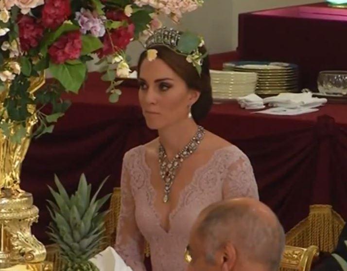 Cambridgen herttuatar Catherine Espanjan kuningasparin valtiovierailu, tiara