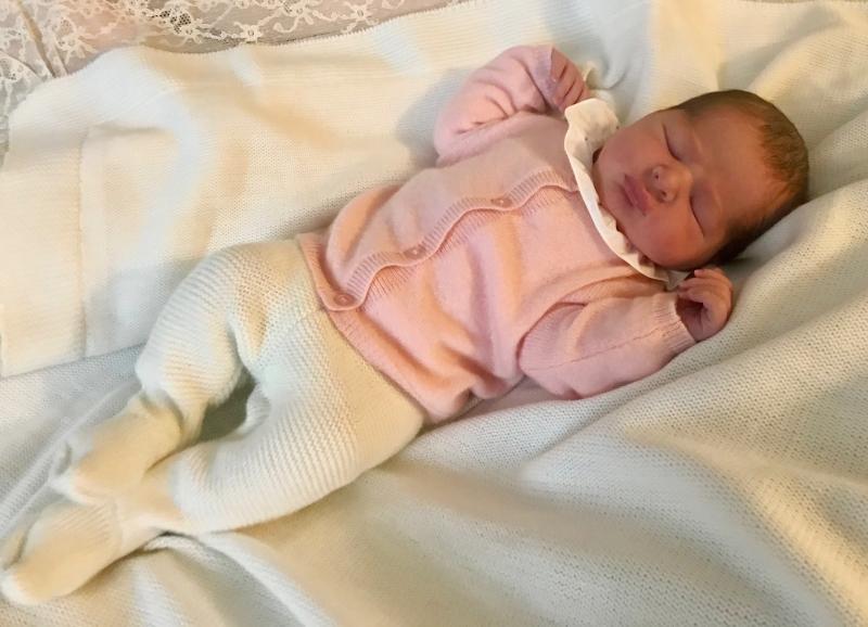 Prinsessa Madeleinen ja Chris O'Neillin kolmas lapsi, vauva, tyttö, kuninkaalliset, hovikirjeenvaihtaja