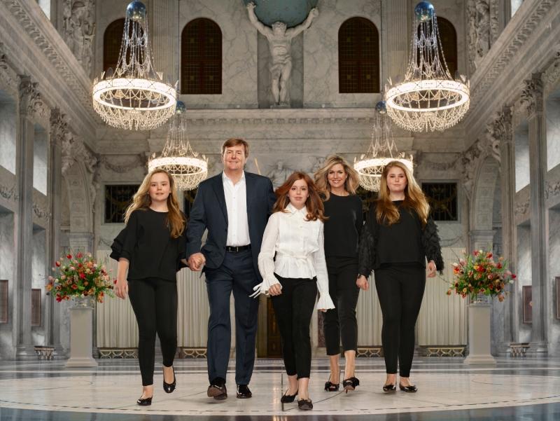 Alankomaiden kuningasperhe, Hollannin kuninkaalliset, kuningas Willem-Alexander, kuningatar Maxima, prinsessa Catharina-Amalia, prinsessa Alexia, prinsessa Ariane