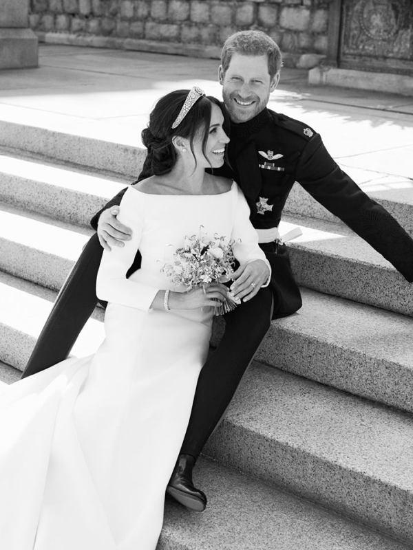 Prinssi Harryn ja Meghan Marklen viralliset hääkuvat, kuninkaalliset