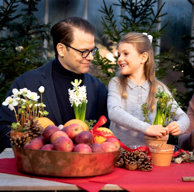 Ruotsin kruununprinsessa Victoria, prinssi Daniel, prinsessa Estelle, prinssi Oscar, joulu